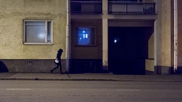 2014-12-10-walking-in-the-dark-030