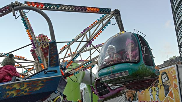 2014-12-17_carousel-013