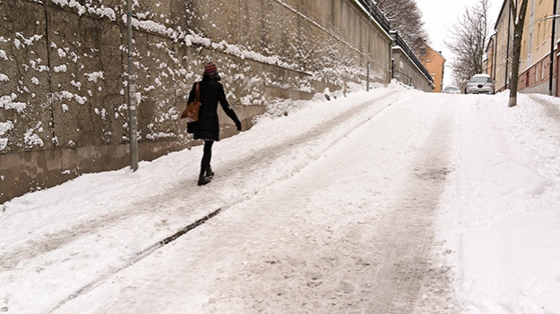 2015-02-03-snowy-street-026