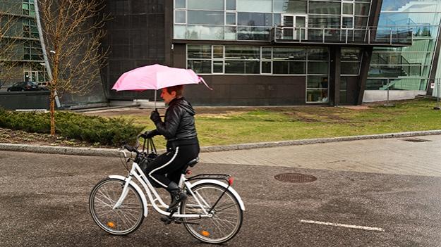 2015-04-24-cycling-in-the-rain-011
